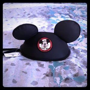 Disney park Mickey Mouse club clutch